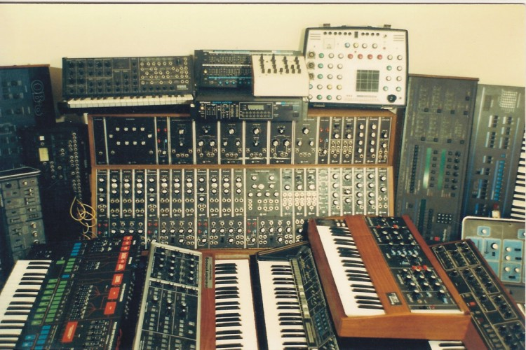 Analogics collection of Analog Synths from 1991